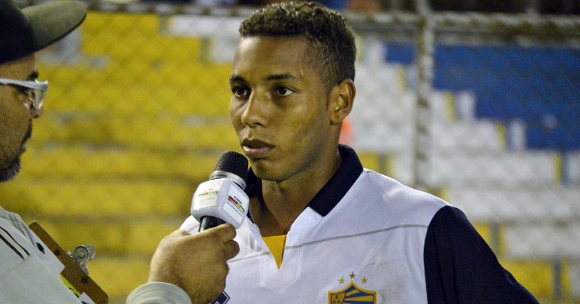 Garoto Darlem, ex-Riograndense, é uma unanimidade entre a imprensa pelotense. E saiu completamente de graça de SM