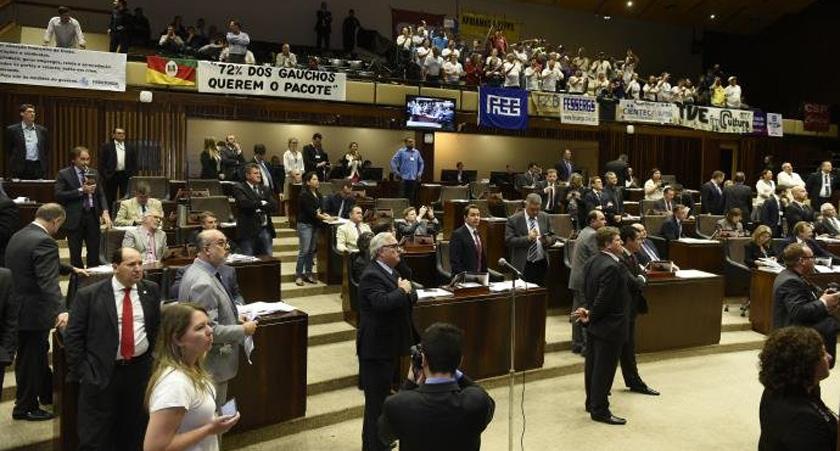 Foto de PACOTAÇO. Sartori consegue acabar com Fepagro, FEE, TVE, Cientec e um punhado de outras fundações