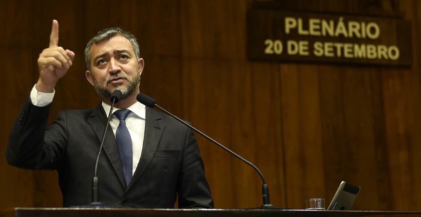 Foto de É A POLÍTICA. Comando político-administrativo do parlamento gaúcho será de um deputado da oposição