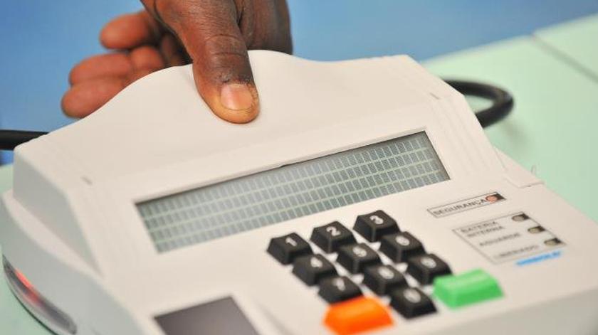 Foto de ELEIÇÕES. Objetivo é que em 2018 todos os eleitores do Rio Grande já sejam identificados por suas digitais