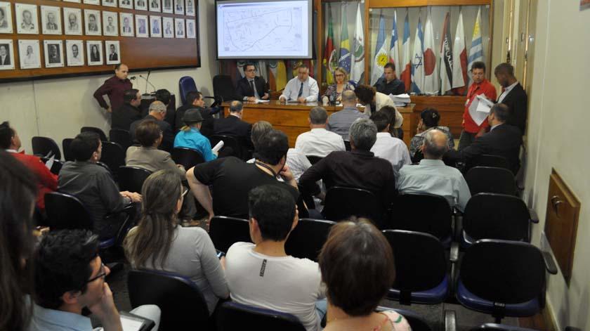 Foto de TRÂNSITO. Secretária Sandra anuncia prioridades para as mudanças: pessoas, ciclistas, ônibus, carros…