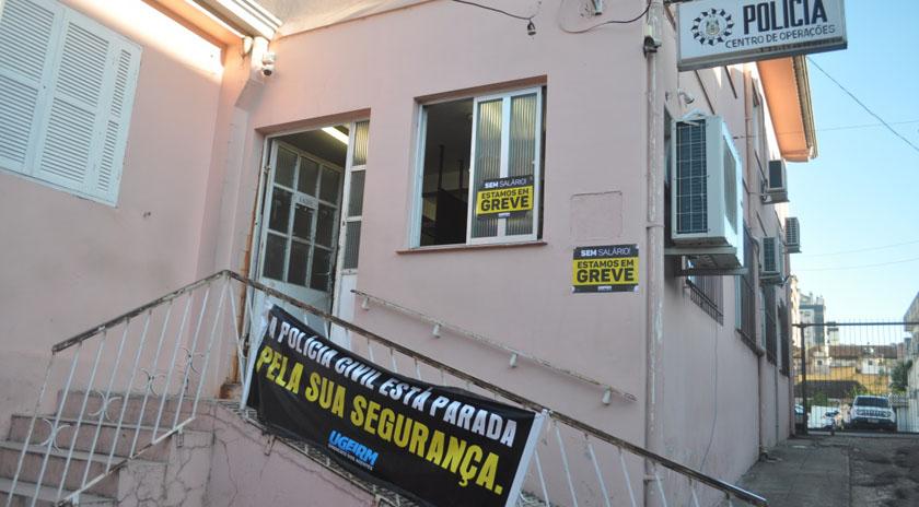 Foto de SEGURANÇA. Policiais civis do Rio Grande estão em greve até a integralização salarial de todos os agentes