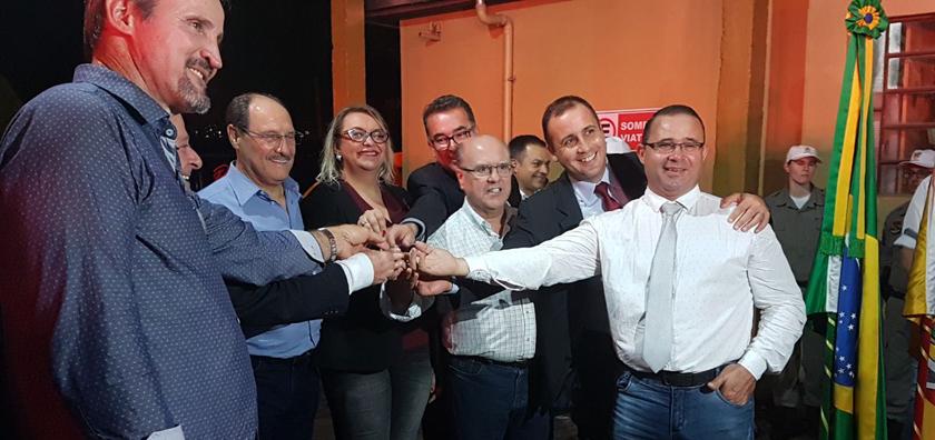 Foto de LUNETA ELETRÔNICA. Schirmer e Sartori aqui, a primeira derrota do G11 na Câmara e Paim e Correios