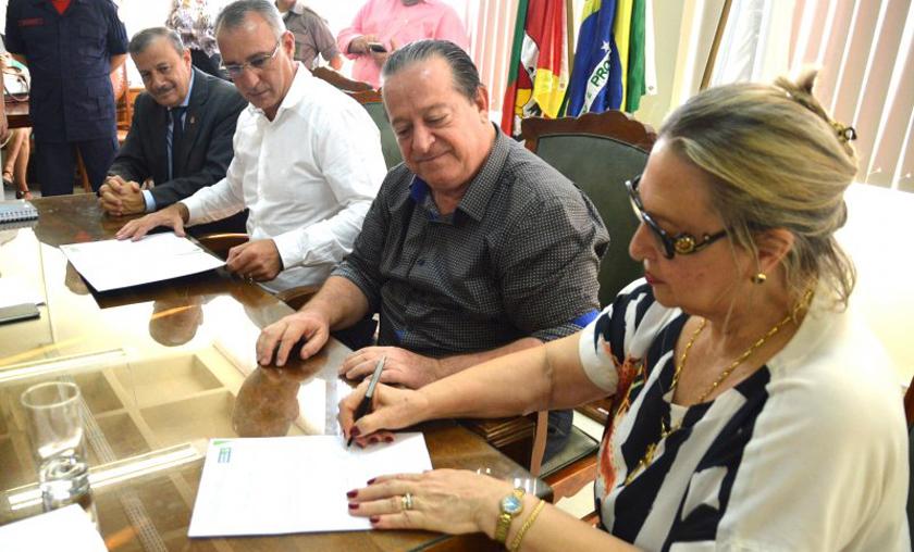 Foto de SECRETARIADO. Troca de comando em duas pastas: Vargas, Mobilidade Urbana; Sandra, Meio Ambiente