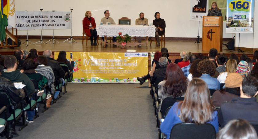 Foto de CIDADE. Em debate na Fames, durante Conferência, as políticas públicas municipais para a Saúde Mental