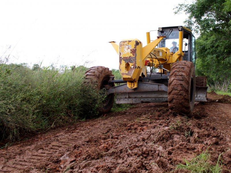 Foto de INTERIOR. Prefeitura inicia trabalho de recuperação de três estradas no Distrito de Boca do Monte