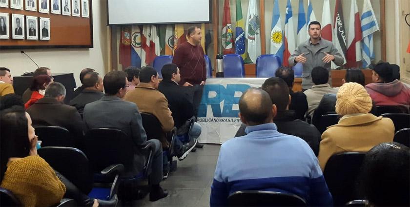 Foto de BASTIDORES. PSB notifica vereador, o papo PP/PSB, PRB e seu pré-candidato, descontentamento do PROS