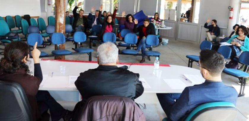 Foto de UFSM. Termina o conjunto de assembleias docentes e só Palmeira das Missões rejeitou o indicativo de greve