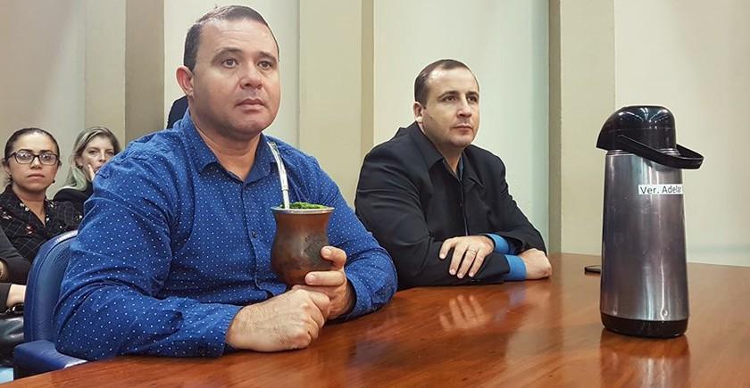 CÂMARA. Adelar Vargas e Alexandre Vargas vão a Porto Alegre. É a décima viagem conjunta neste ano - maiquel-adelar-e-alexandre