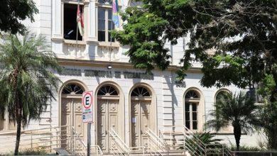 Foto de BASTIDORES. Sessão virtual às 5, as cotas raciais em concursos, agronegócios e finanças do município