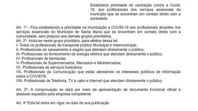 Foto de CÂMARA. Anita Costa Beber protocola projeto com ações já existentes numa proposta de Paulo Ricardo