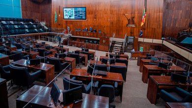 Foto de ESTADO. Assembleia aprova auxílio emergencial. Valdeci comemora, mas lamenta limite da medida